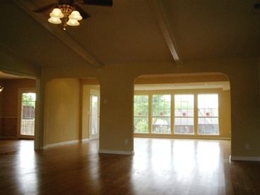 Living spaces millwood remodeling and designmillwood for Millwood hardwood flooring