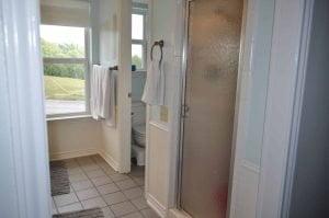 Emily H Bathroom Before - 3