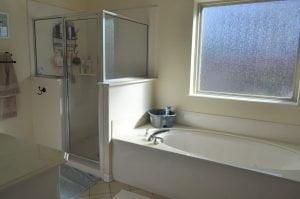 Ken R Bathroom Before - 1
